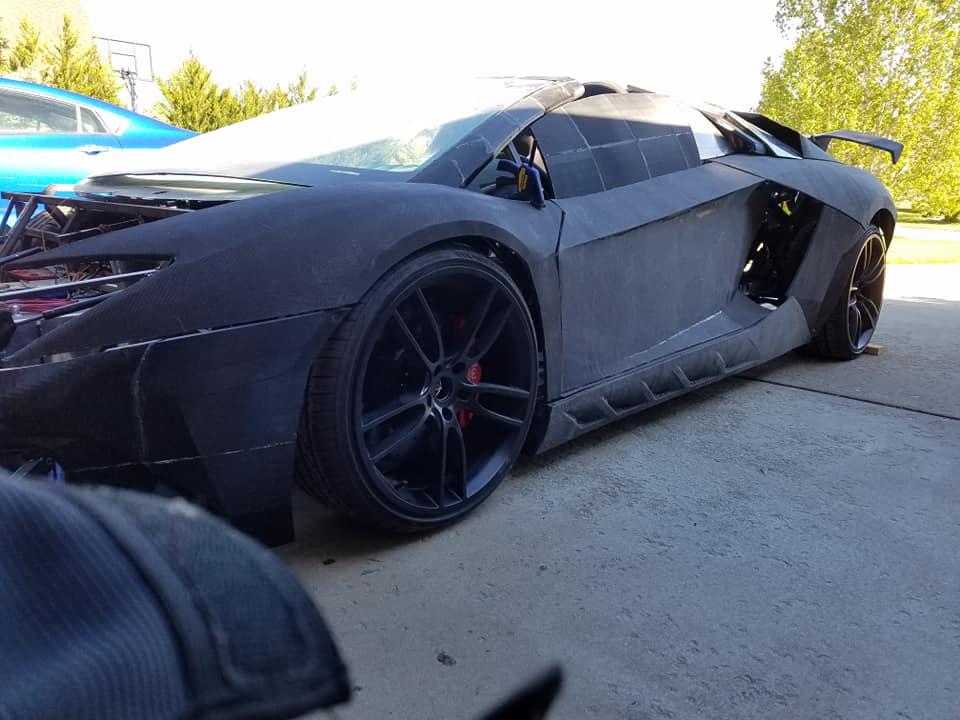 Build Your Own Lamborghini Aventador - RTM World